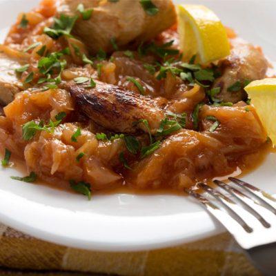 Mancarica de pui cu ceapa si lamaie