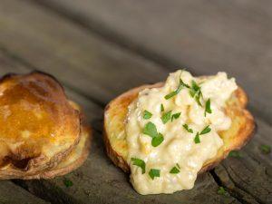 cartofi copti la cuptor