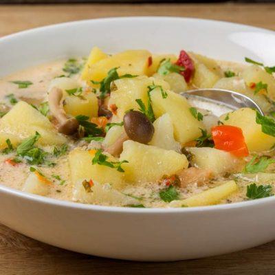Bors de cartofi cu ciuperci si dresala