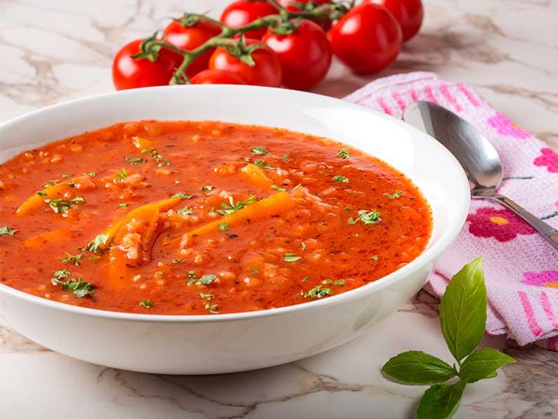 Supa crema de rosii cu morcov si orez